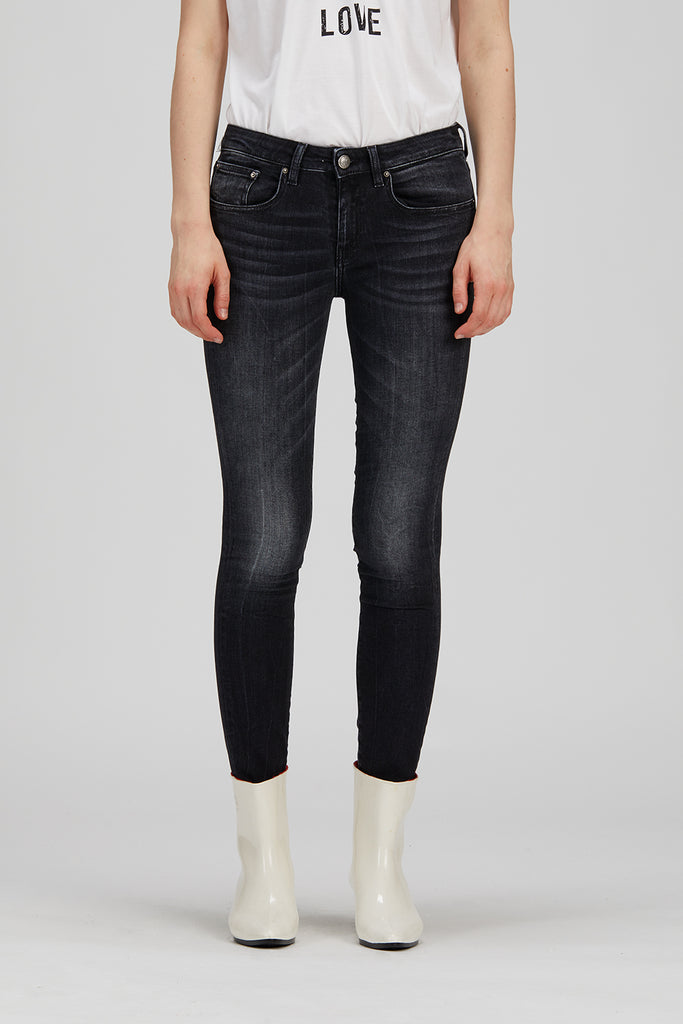 0038 VENEZIA Skinny  Denim black H24 non-deformable