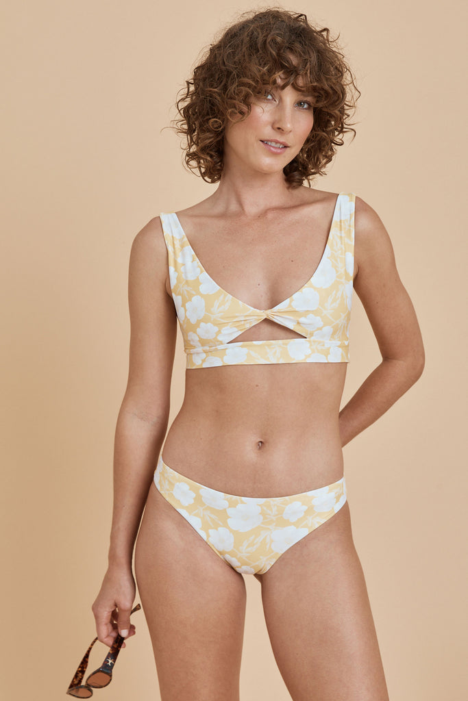 Pico Crop -  Golden Floral