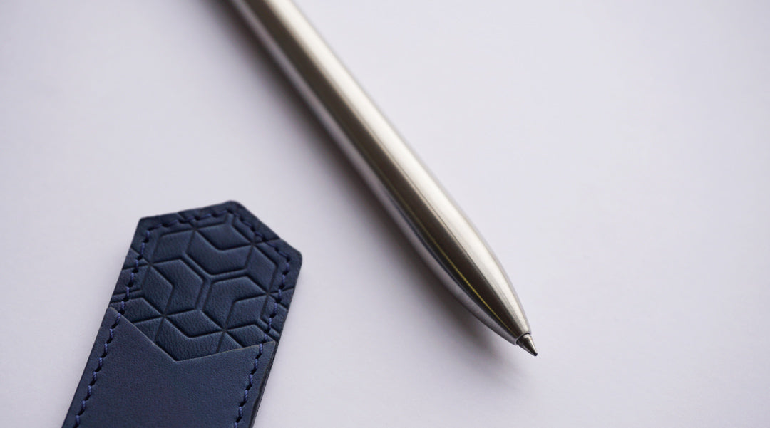 Image of Ajoto stainless steel pen.