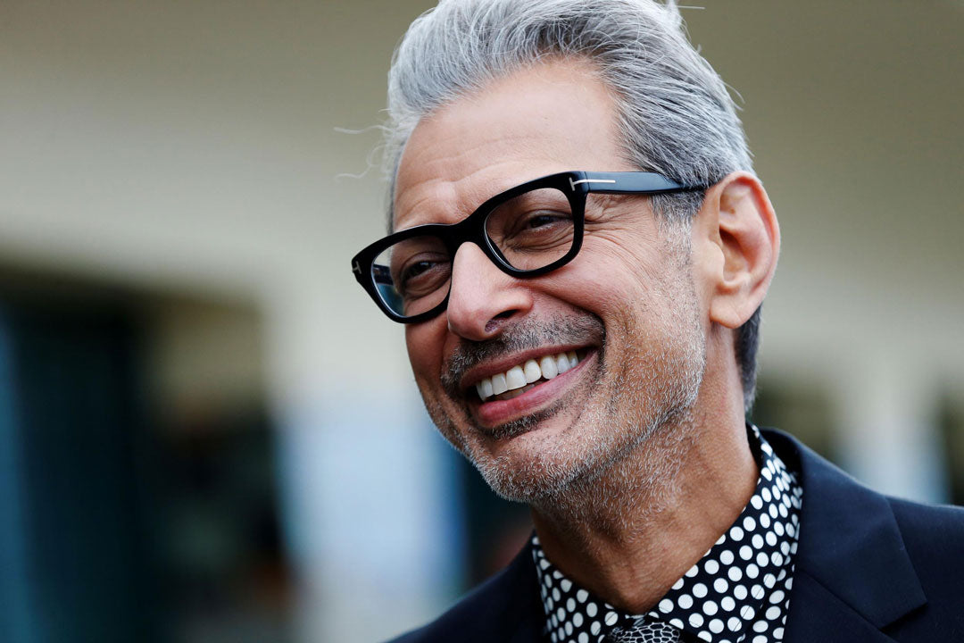 5a31ecf5c63e jeff Goldblum looks younger with thick black spectacle frame