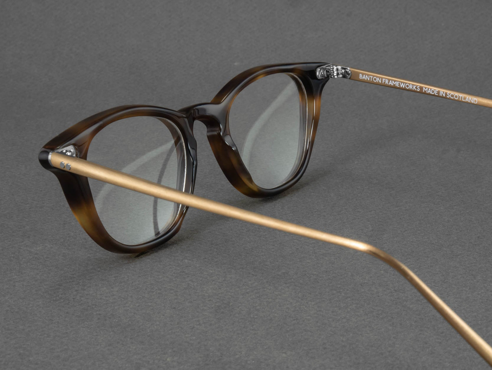 tortoise shell glasses aerial view