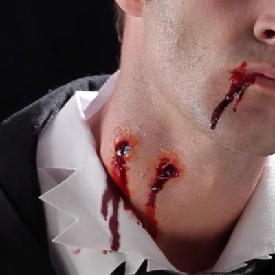 Smiffys Hyper-Realistic Water Transfer Wound - Vampire Bite - Red Carpet FX - Professional Makeup