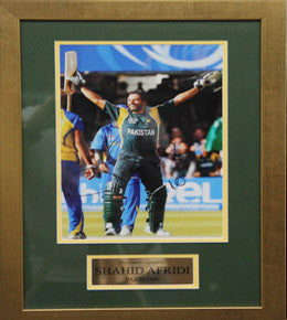 Cricket Memorabilia, Signed Shahid Afridi Photo, Framed