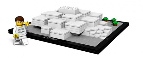 4000010 LEGO (used) LEGO House