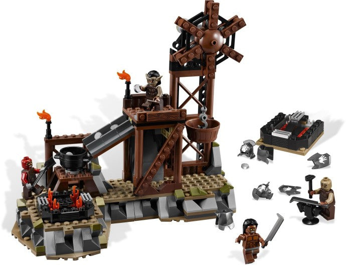 9476-1 LEGO (used) The Orc Forge
