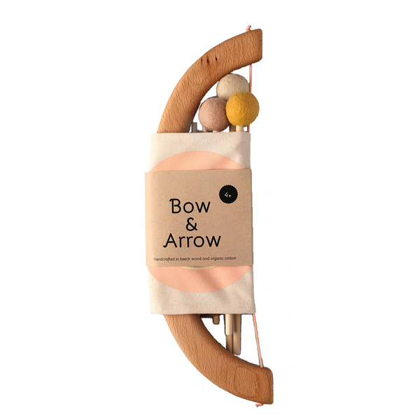 tangerine studio bow & arrow set peach