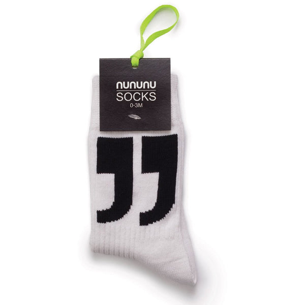 nununu punctuation socks white
