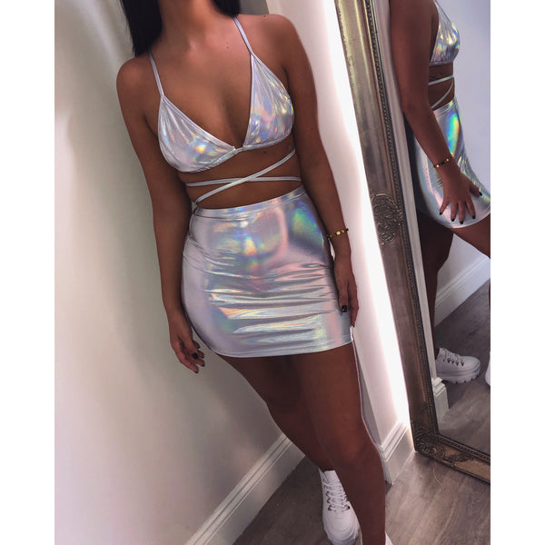 Holographic Two Piece