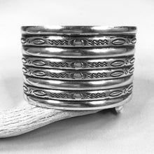 Load image into Gallery viewer, Wide vintage Stamped Cuff