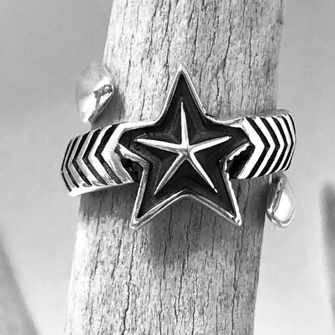 Double Large Arrow/Medium Star<br>By Cody Sanderson<br>Size: 8