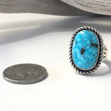Load image into Gallery viewer, Kingman Turquoise<br>By Albert Lee<br>Size: 6.5