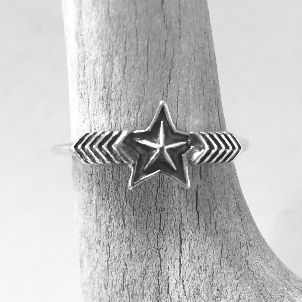 Double Arrow Small Star<br>By Cody Sanderson<br>Size: 6