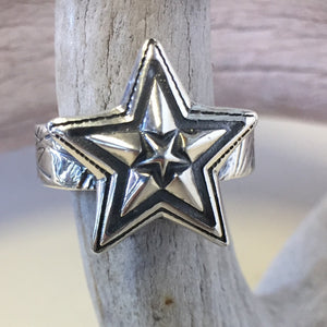 Cat Scratch Star In Star<br>By Cody Sanderson<br>Size: 5.5