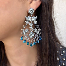 Load image into Gallery viewer, Frida Kahlo Earrings