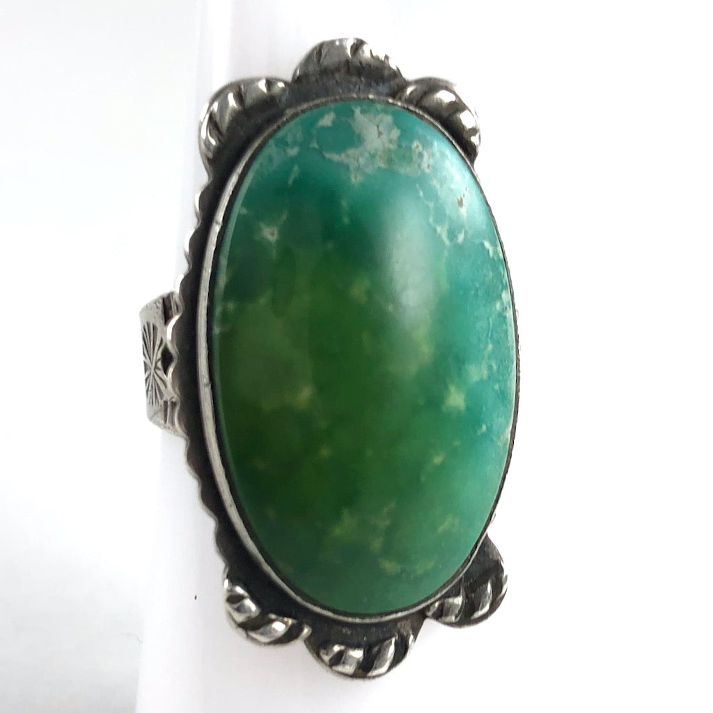 Vintage Tourist Ring<br>Size: 6.5