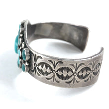 Load image into Gallery viewer, Heavy Stamped Cluster Bracelet