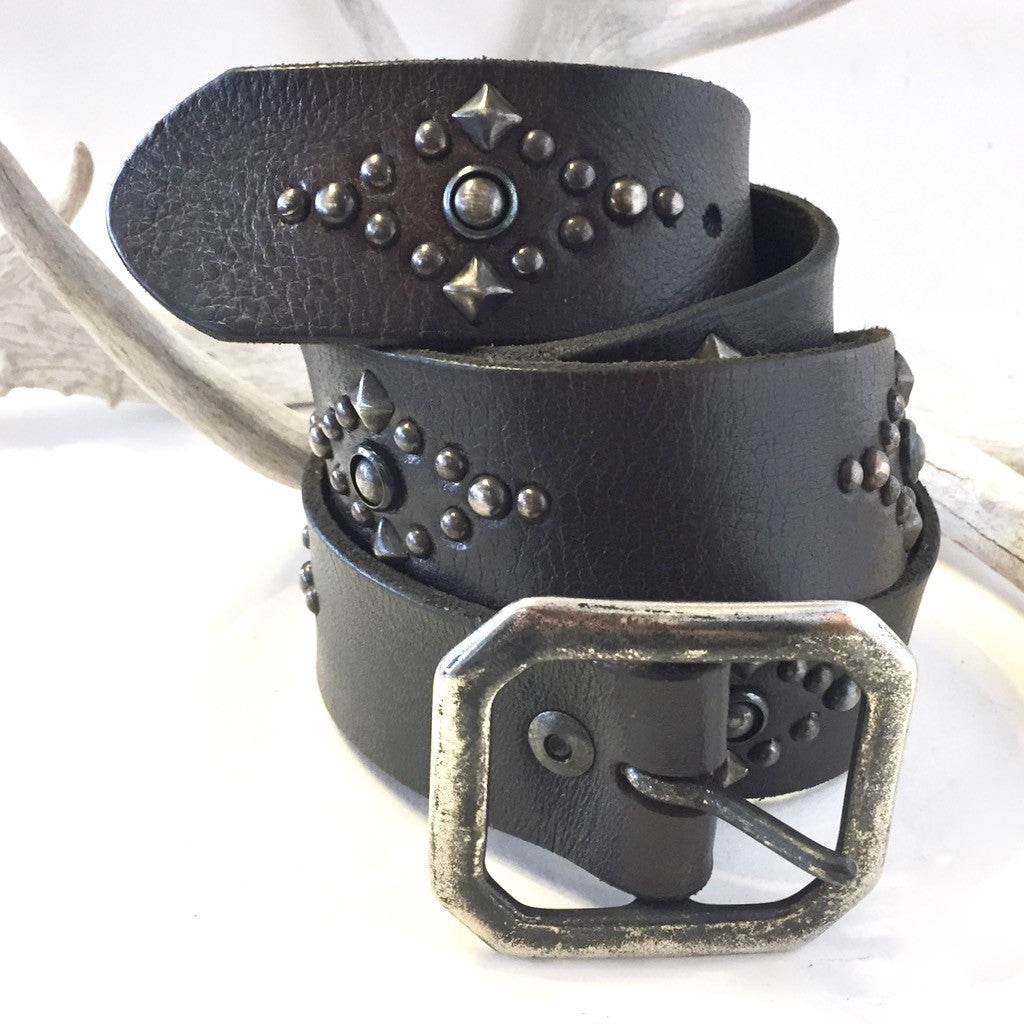 Studded Vintage Leather Belt   Size: 36