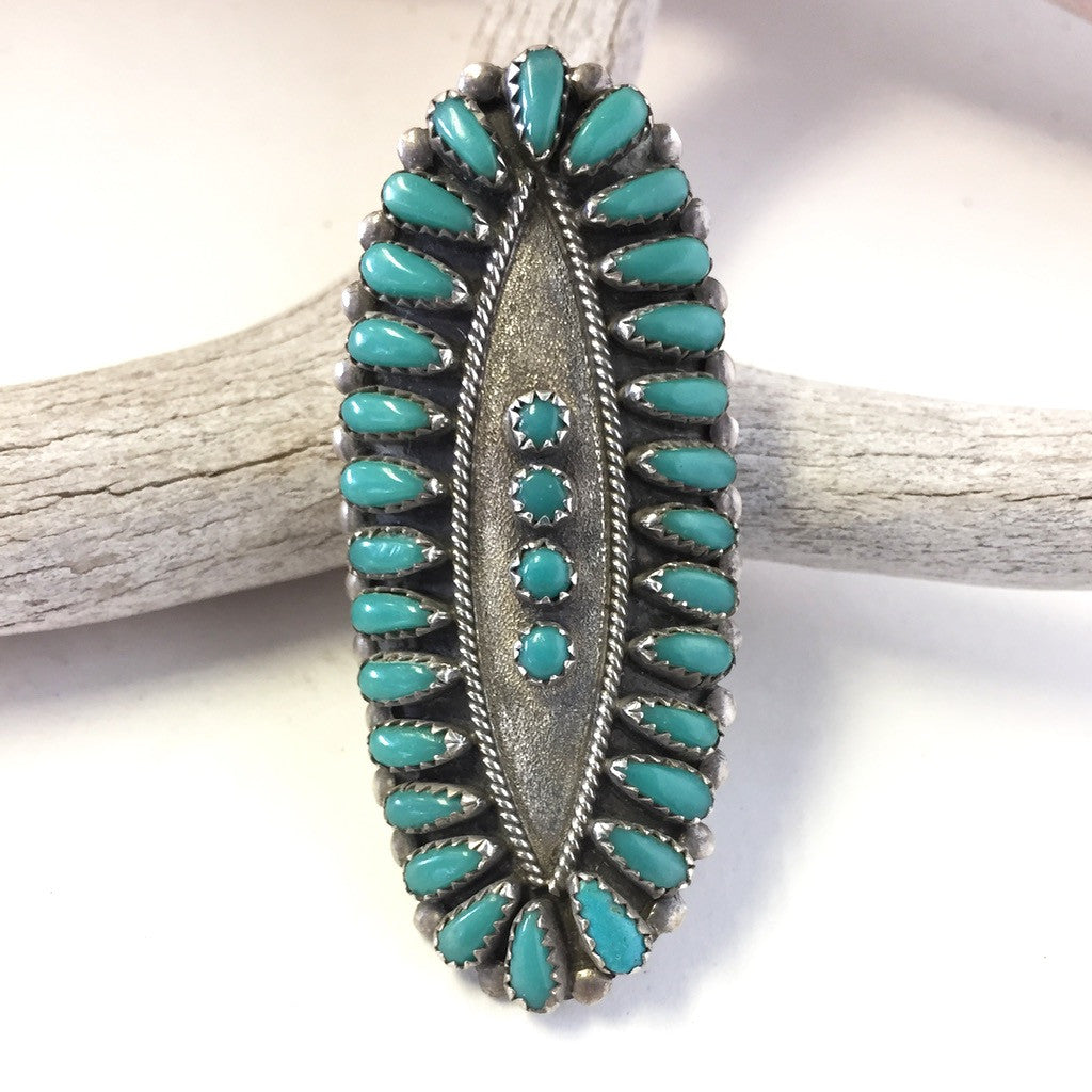 Dramatic Zuni Ring Size: 7 1/2