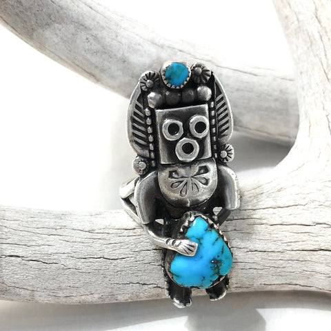 Yei Figure Ring<br>Size: 6.5