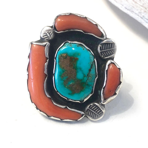 Vintage Coral & Turquoise<br>Size: 8.5
