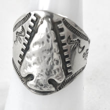 Load image into Gallery viewer, Vintage Arrowhead Ring<br>Size: 8.5