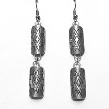 Load image into Gallery viewer, Sterling Rug Pattern Earrings