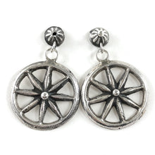 Load image into Gallery viewer, Vintage Wagon Wheel Earrings