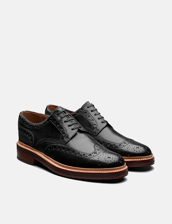 Grenson Archie Brogue Shoes (Calf Leather) - Black