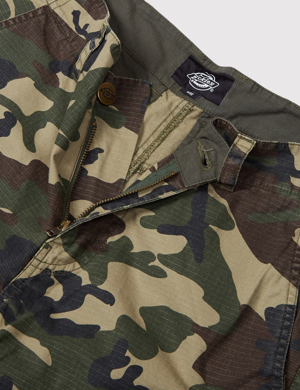 Dickies New York Cargo Shorts - Camo