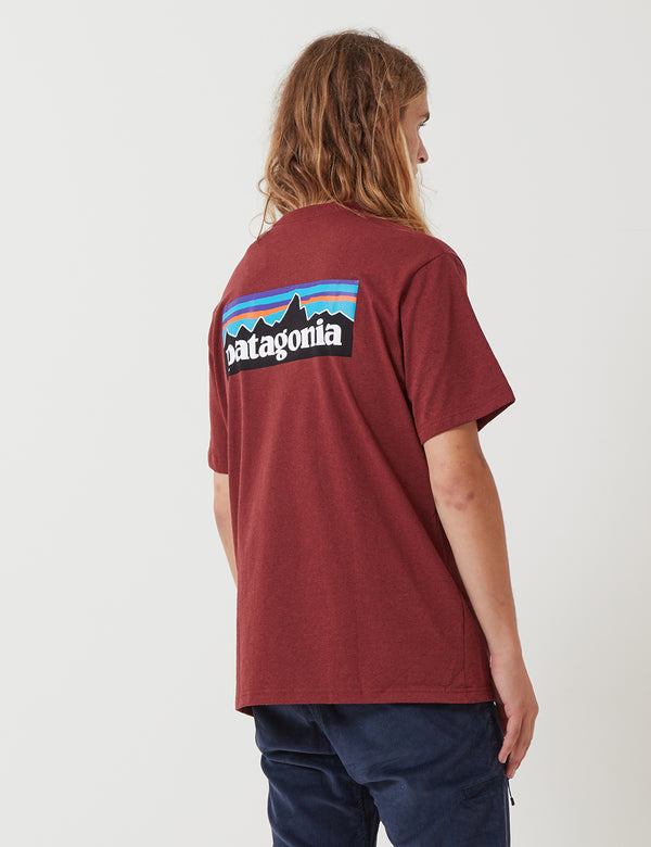 Patagonien P-6 Logo-Tasche Responsibili-T T-Shirt - Oxide Red