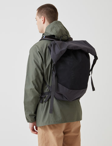 Patagonia Planing Roll Top 35L Backpack  - Ink Black