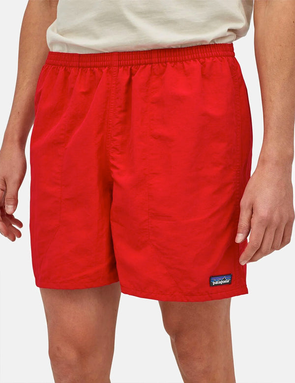 Patagonia Ms Baggies Shorts (5 Zoll) - Feuer