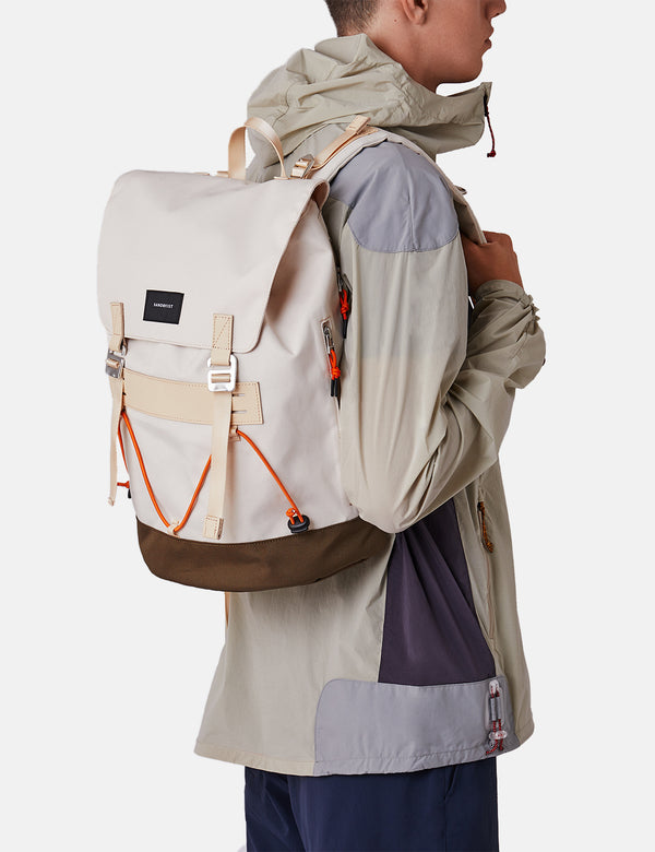 Sandqvist Johannes Backpack - Sand/Olive/Natural Leather