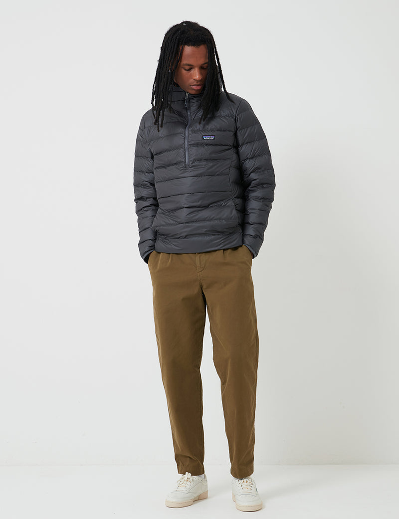 Patagonia Down Sweater Hoody Pullover - Forge Grey