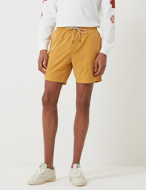 Short Deus Ex Machina Sandbar Solid Garment Dye - Golden Rod