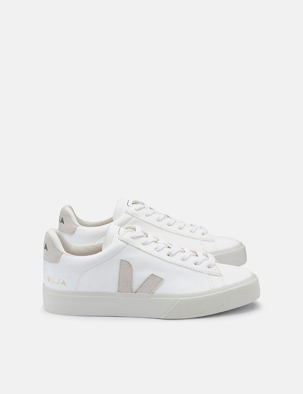 Womens Veja Campo Trainers (Chrome Free Leather) - White/Natural
