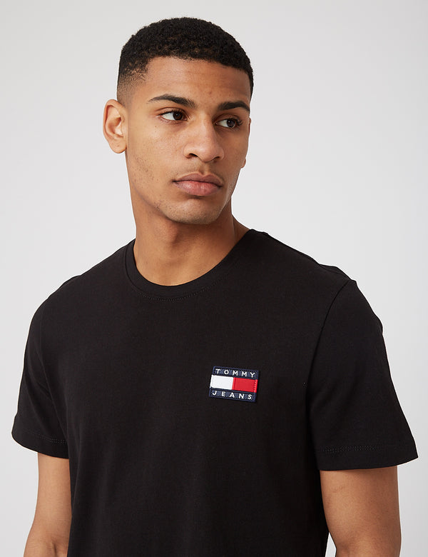 Tommy Jeans Badge Logo T-Shirt (Organic Cotton) - Black