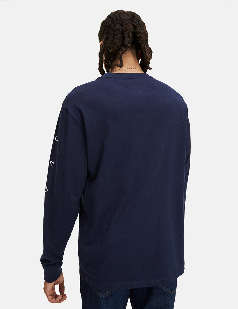 Tommy Jeans Novel Logo Long Sleeve T-Shirt - Black Iris/Navy Blue