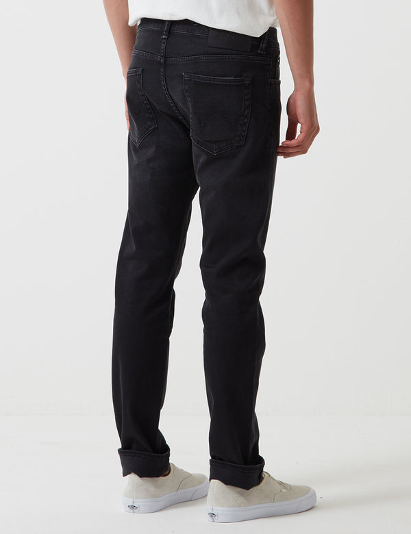 Edwin ED-80 CS Mineral Wash 11oz (Slim Tapered) - Noir Encre
