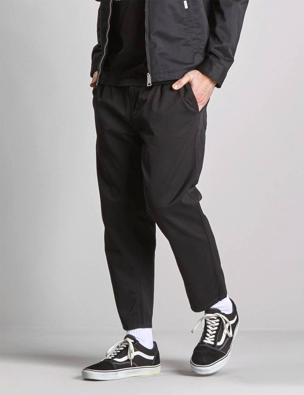 Carhartt Abbott Pant (Tapered Fit) - Black Stone Washed | URBAN EXCESS