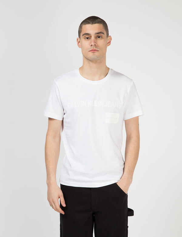 T-Shirt Calvin Klein Multi Institutional Box - Blanc