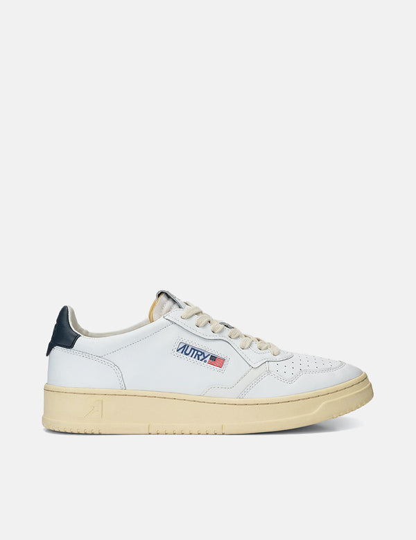 Autry Medalist LL12 Trainers (Leather) - White/Navy