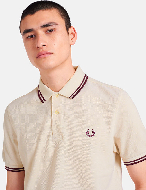 Polo Fred Perry Twin Tipped - Vanille/Oxford Blanc/Acajou
