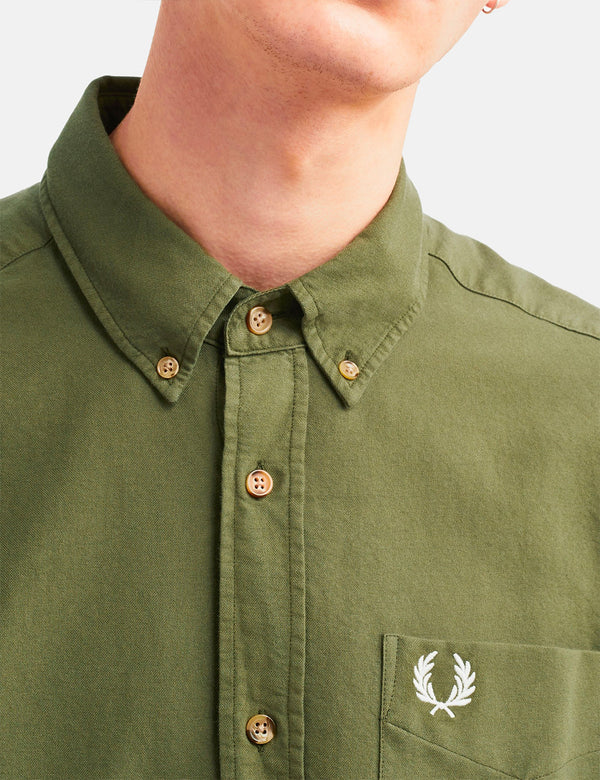 Fred Perry Overdyed Shirt - Militärgrün