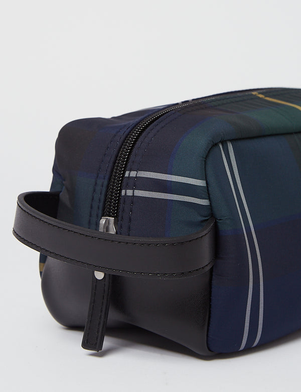 Barbour Wham Tartan Washbag - Seetang