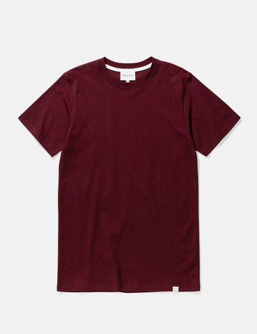 Norse Projects Niels Standard T-Shirt - Mulberry Red