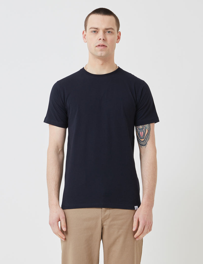 Norse Projects Niels Standard Logo Patch T-Shirt - Dark Navy Blue