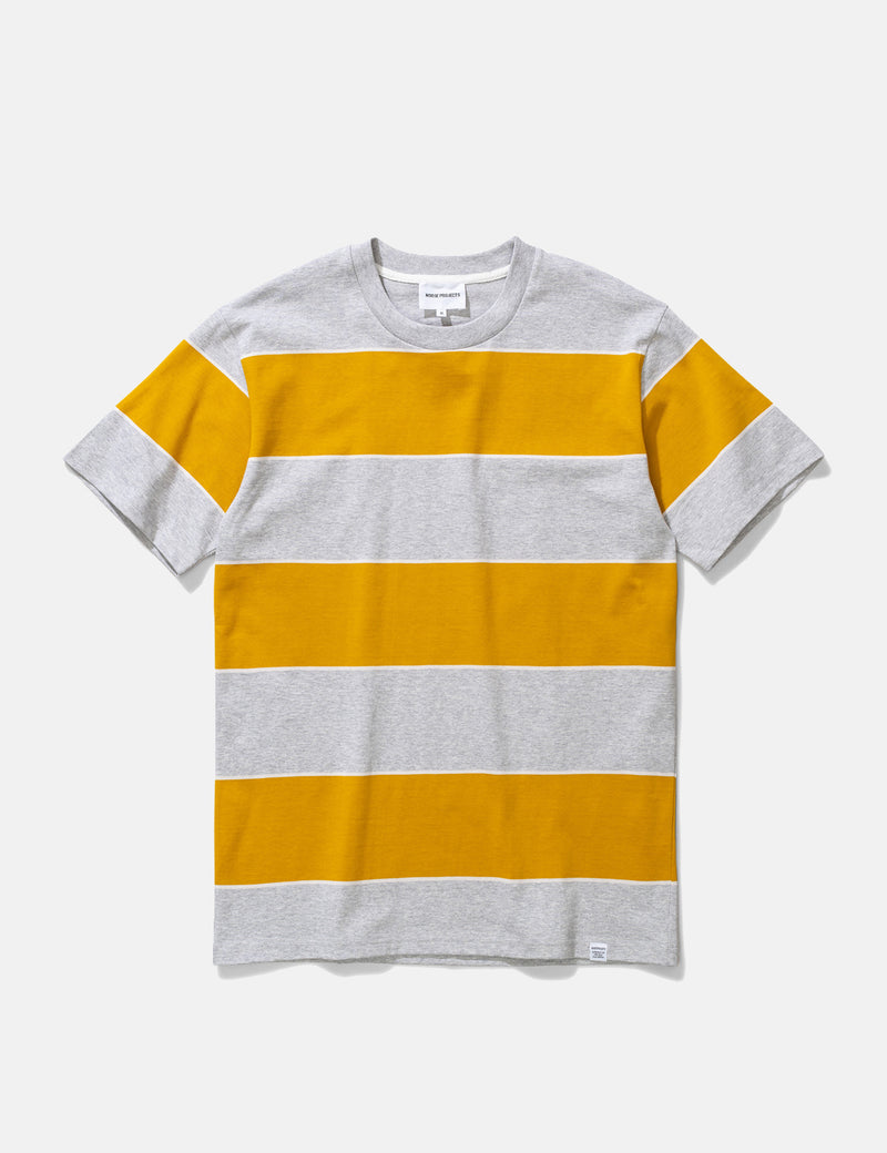 Norse Projects Johannes 3-Streifen-T-Shirt - Montpellier Gelb
