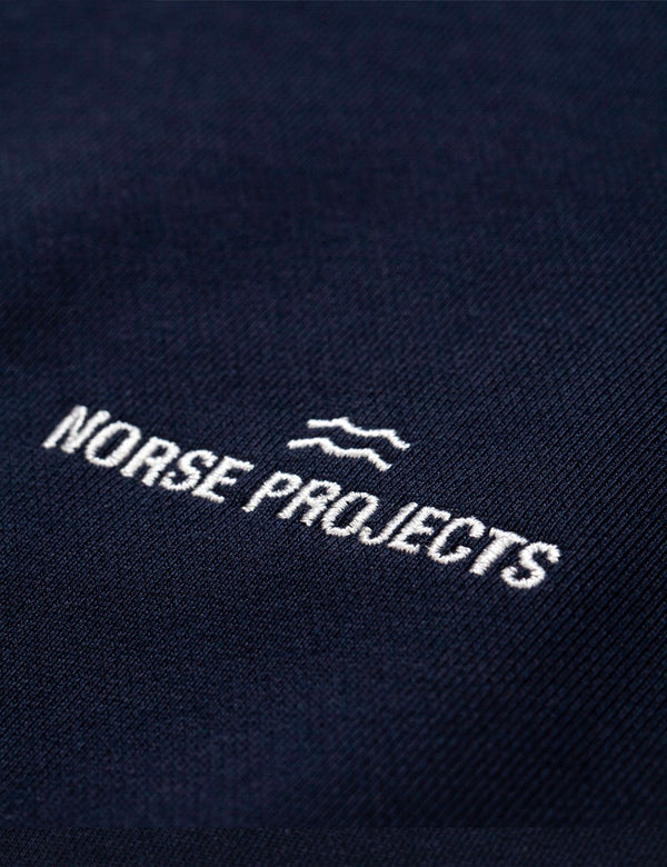 Sweat à Capuche Ketel Norse Projects Wave Logo de Norse Projects - Bleu Marine Foncé