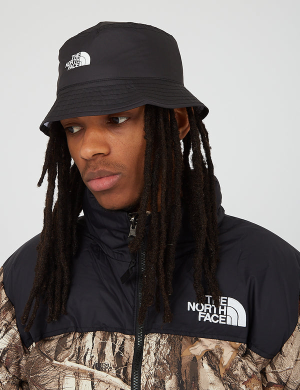 North Face Sun Stash Hat - TNF Black/TNF White